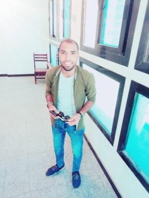 Eslam Abdelghany طالب اون لاين